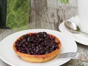 Celebrate National Blueberry Pie Day And Reap Cerebral Benefits
