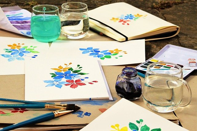5 Resources for Art Projects to Help Caregivers Reduce Stress
