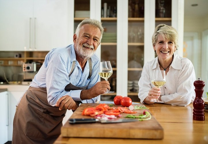 What to Know about Gray Divorce and Senior Dating Safety