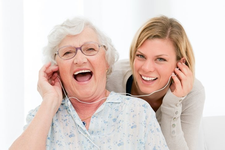 10 great podcasts for seniors