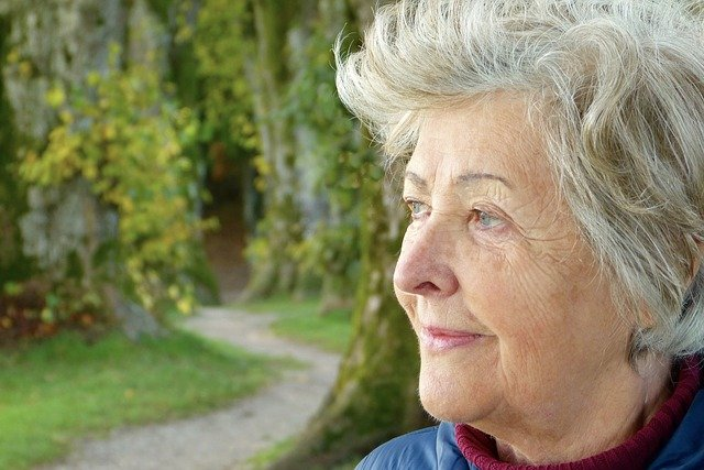Understanding and Empathizing with Older Adults' Fears about Assisted Living