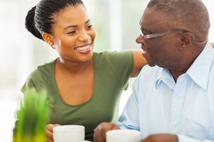 It can be tricky to know how to get Mom or Dad comfortable with living in a retirement community. Consider these tips to help your loved one adjust to their new living situation.