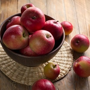 Use Up Extra Apples With These Easy Recipes