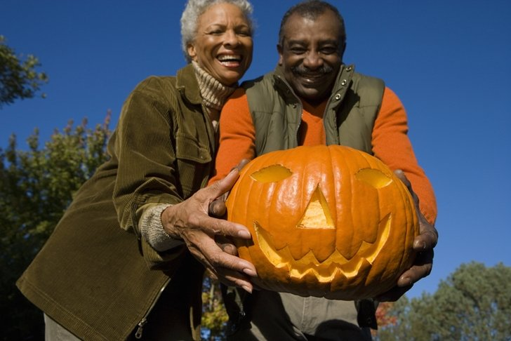 5 Fall Activities For Seniors And Their Caregivers
