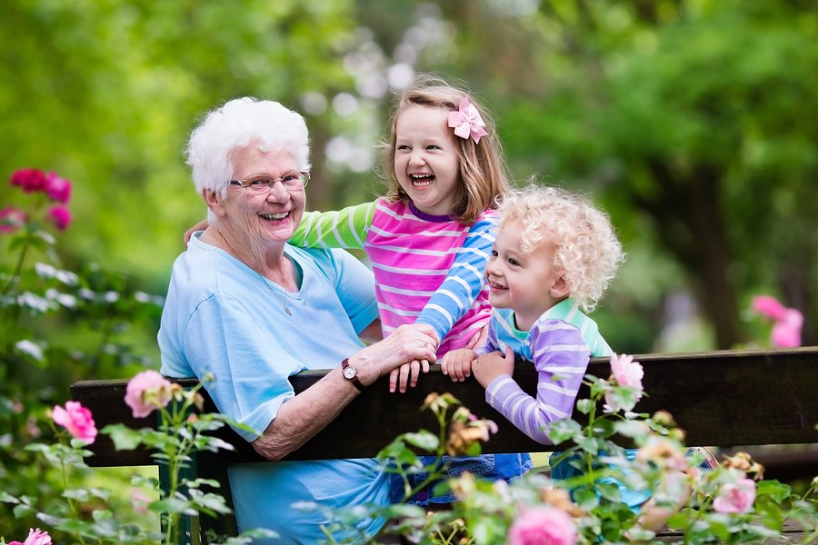 Meaningful Ways to Honor a Grandparent