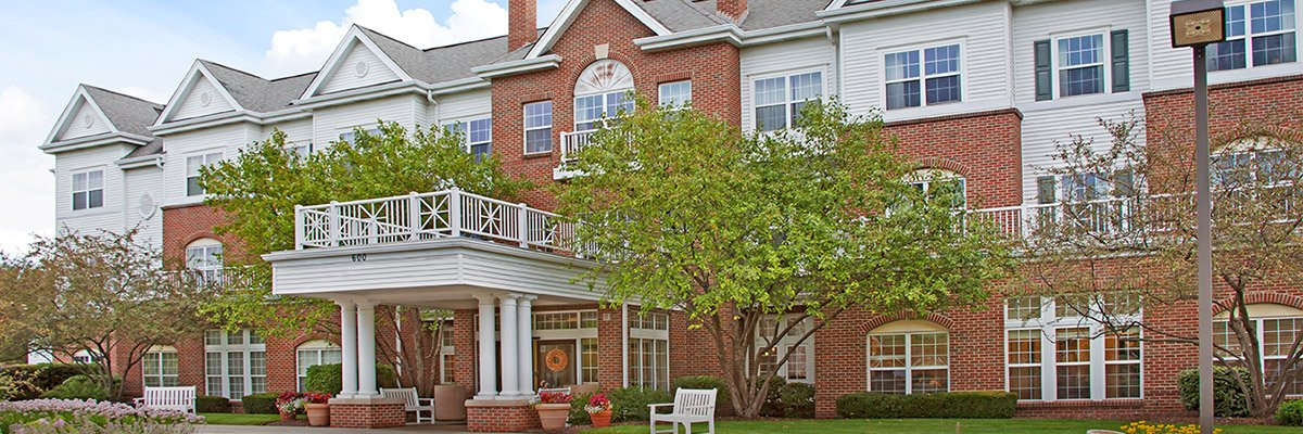 Brighton Gardens Of St Charles Dining Il Senior Living