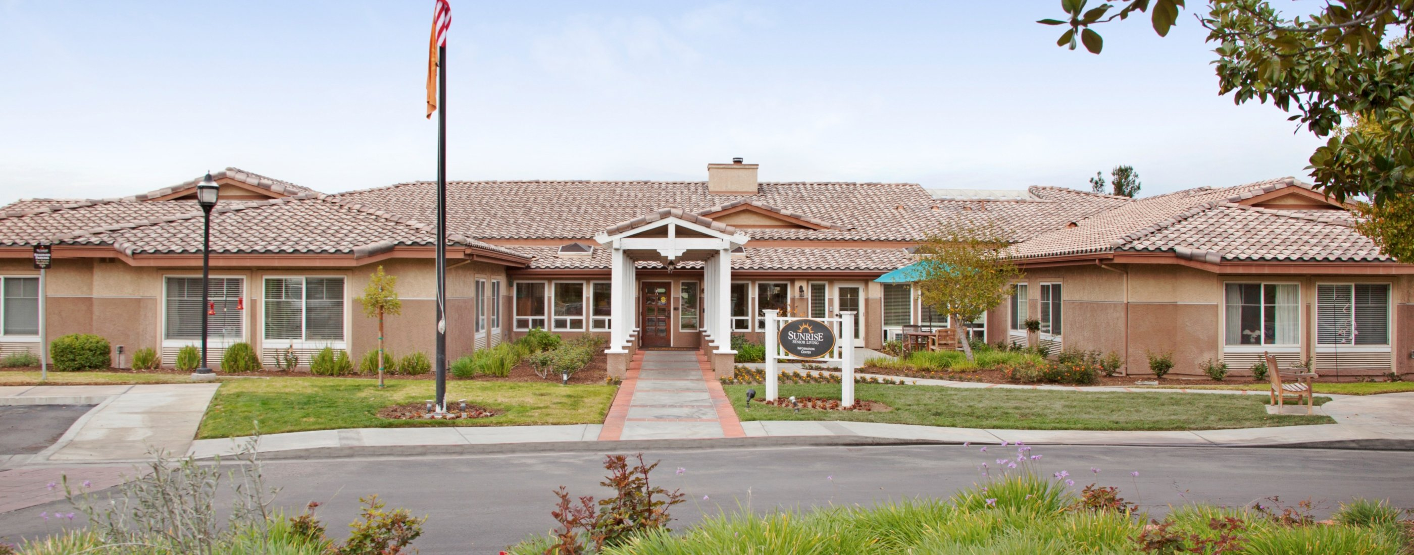 Sunrise at Canyon Crest | Riverside, CA Senior Living