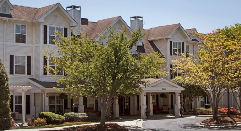 Brighton Gardens Of Greensboro Greensboro Nc Assisted Living