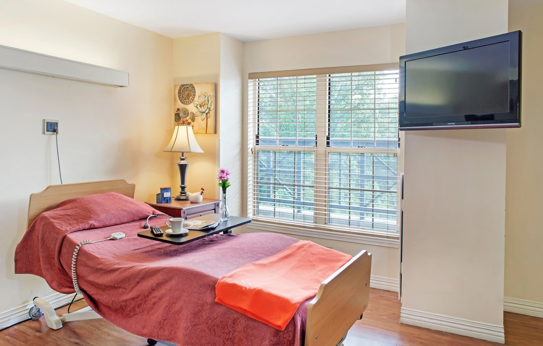 Skilled Nursing Suite at Brighton Gardens of Tuckerman Lane