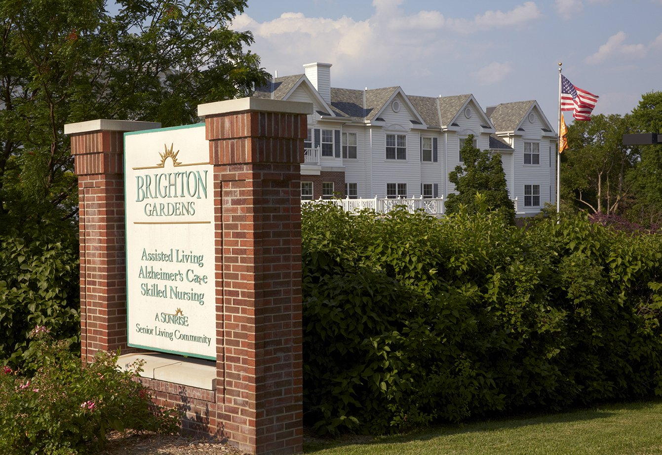 With The Pioneering Resident Centered Philosophy Of Sunrise Senior Living Brighton Gardens Omaha Ne Provides Personalized