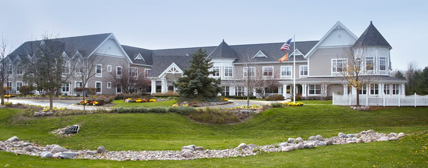 Crystal Lake Il >> Sunrise Of Crystal Lake Chicago Assisted Living